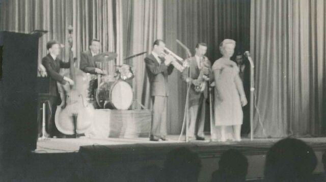 File:Adelaide Jazz Quintet5.jpg