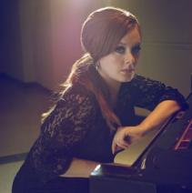 Adele Elle Magazine (2009)