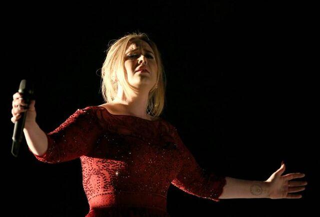 File:Adele-grammy-flub.jpg