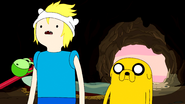 S5e13 Finn and Jake in cave