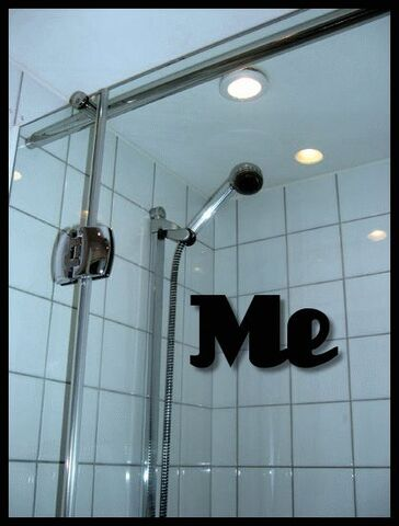 File:Pic-of-me-in-the-shower.jpg
