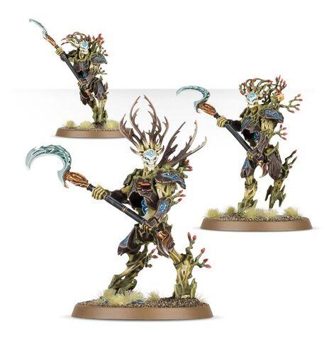 File:Kurnoth Hunters Scythes Sylvaneth Miniatures.jpg