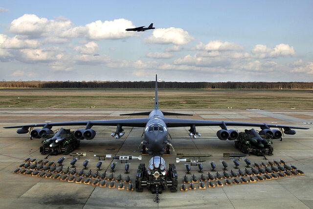 File:800px-B-52H static display arms 06.jpg