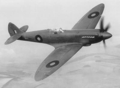 File:Spitfire PR19 from port.jpg