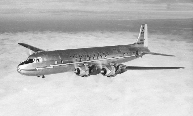 File:Douglas DC-7.jpg