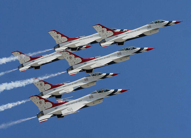 File:800px-US Air Force Thunderbirds.jpg