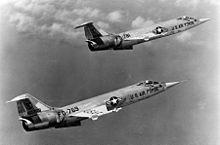 220px-Lockheed F-104A-15-LO 060928-F-1234S-008