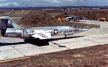220px-Lockheed F-104A of the 83rd Fighter Interceptor Squadron at Taoyuan Air Base, Taiwan, on Sept. 15, 1958, during the Quemoy Crisis - Operation Jonah Able