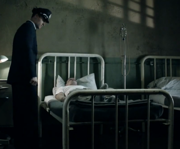 File:1x05 infirmary.png