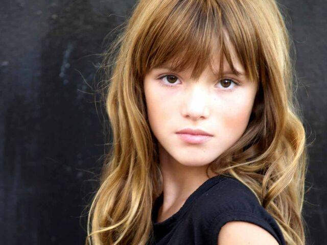 File:Bella-Thorne-Pictures14.jpg