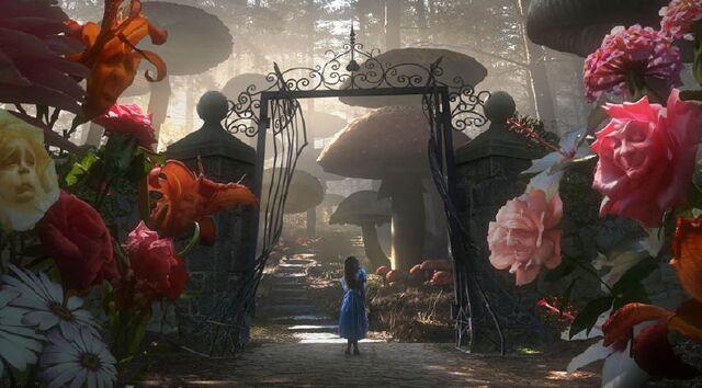 File:09062303 Alice in Wonderland 07.jpg