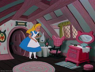 Alice-disneyscreencaps.com-2348