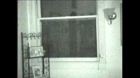 Denver Alien in window real actual footage! August 2009