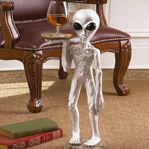 File:Alien Butler.jpg