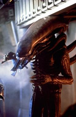 File:1979 The Alien.jpg