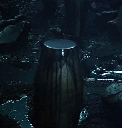 File:Black Liquid Urn.jpg