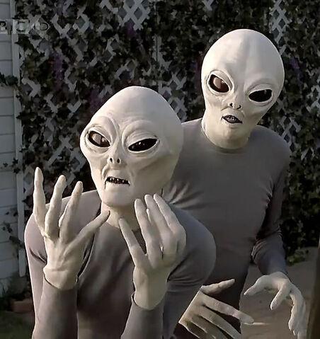 File:Scary Movie Aliens.jpg