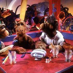 A group of Melmacians (Stella, ALF, Skip and Rick)