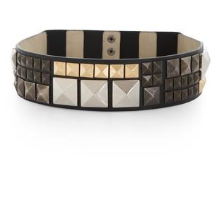 File:BCBGMAXAZRIA Studded Waist Belt.jpg