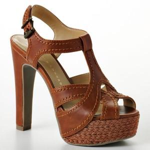 File:Brown heel sandal.jpg