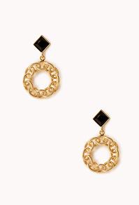 File:Standout Chain-Link Earrings.jpg
