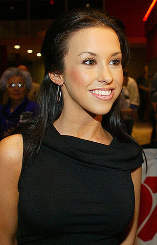 File:LaceyChabert.jpg