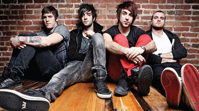 File:All time low 715.jpg