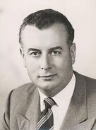225px-Whitlam1955