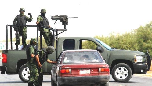 File:Mexican troops operating in a random checkpoint 2009.jpg