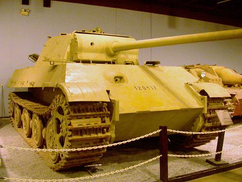File:Panzerkampfwagen V Panther II.jpg