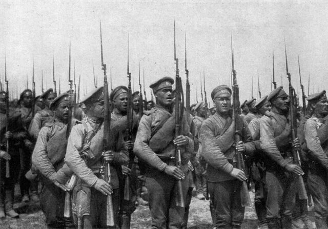 File:Russian White soldiers.jpg