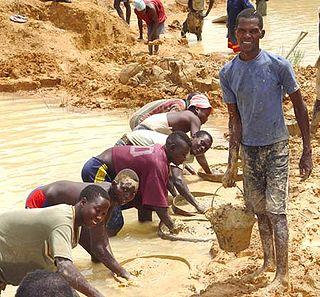 File:320px-Diamond miners-1-.jpg