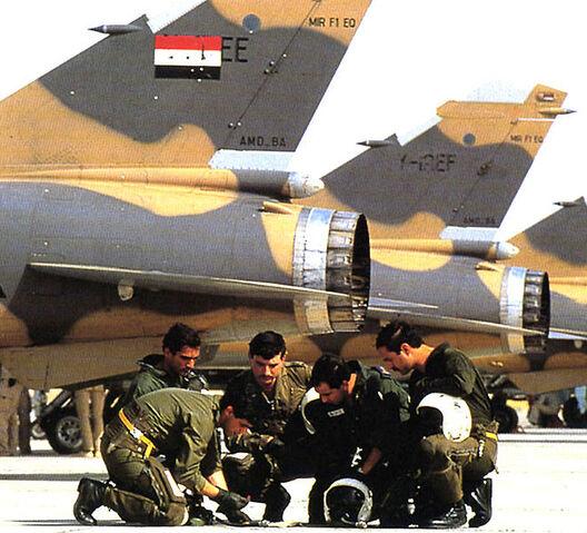 File:Iraqi pilots of mirage F1 before mission in Iran.jpg