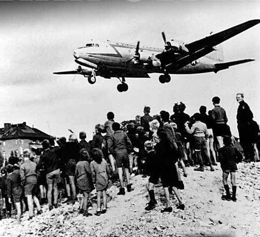 File:London Airlift.jpg