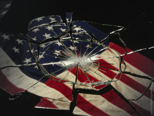 File:Broken-US-flag.jpg