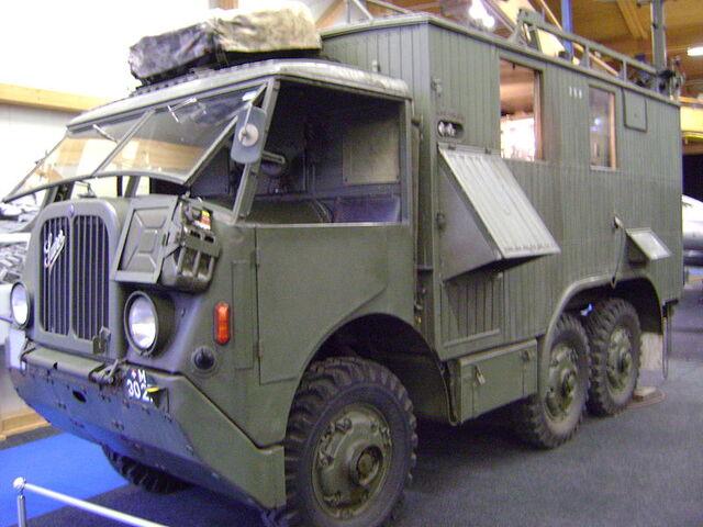 File:800px-Saurer Funkwagen.jpg