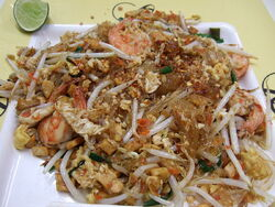 Fried cellophane noodles with shrimp Pad woon sen kung