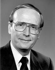 File:1983DD SNU President Richard Bryan.jpg