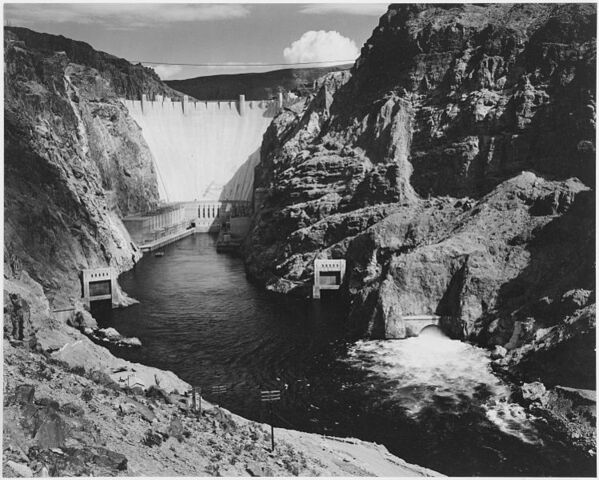 File:749px-Ansel Adams - National Archives 79-AAB-01.jpg
