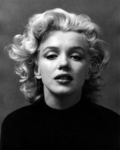 File:Marilyn-monroe-pb03.jpg