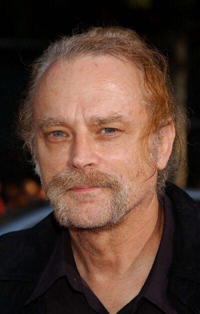 Brad Dourif (NT)