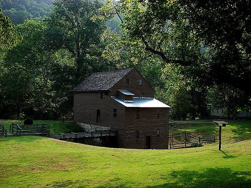 File:Blaker's Mill.jpg