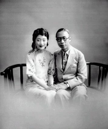 File:Puyi and Wanrong.jpg