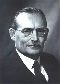Ernest Holt 1
