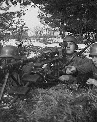 File:German MG34 in Moravia.jpg
