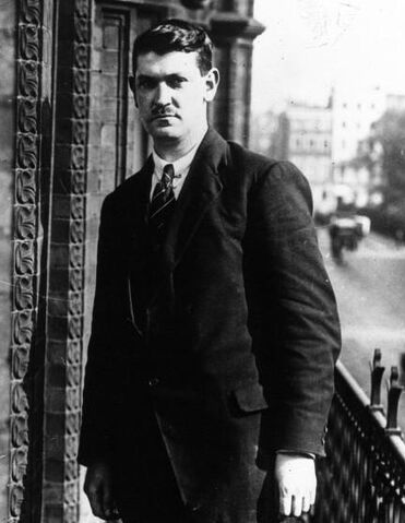 File:Michael Collins 1921.jpg
