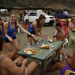 Jessica &amp; Brittany doing the <i>Parrilla</i> Detour in Leg 2.