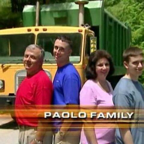 Season 8: Family Edition intro cap.