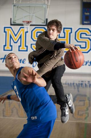 File:Peter and Flash play basketball.jpg