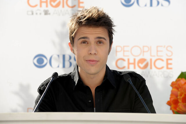 File:Kris+Allen+People+Choice+Awards+2010+Nomination+zsaXpk G5ADx.jpg
